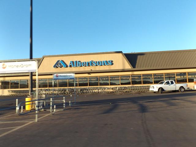 Albertsons Gallup, NM, Fujifilm FinePix S8600 S8650 S8630
