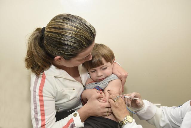 campanha de vacinacao contra a poliomielitw e o sarampo (22)