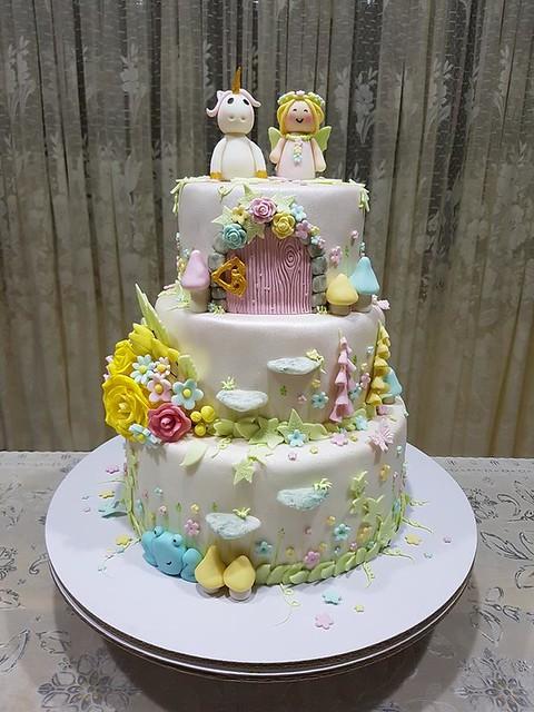 Cake by Janis DKs Cake House