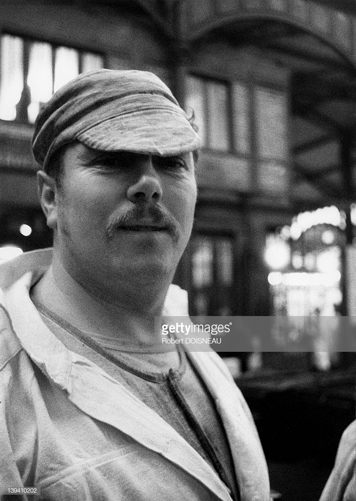 1968. Усатый грузчик в Ле-Аль