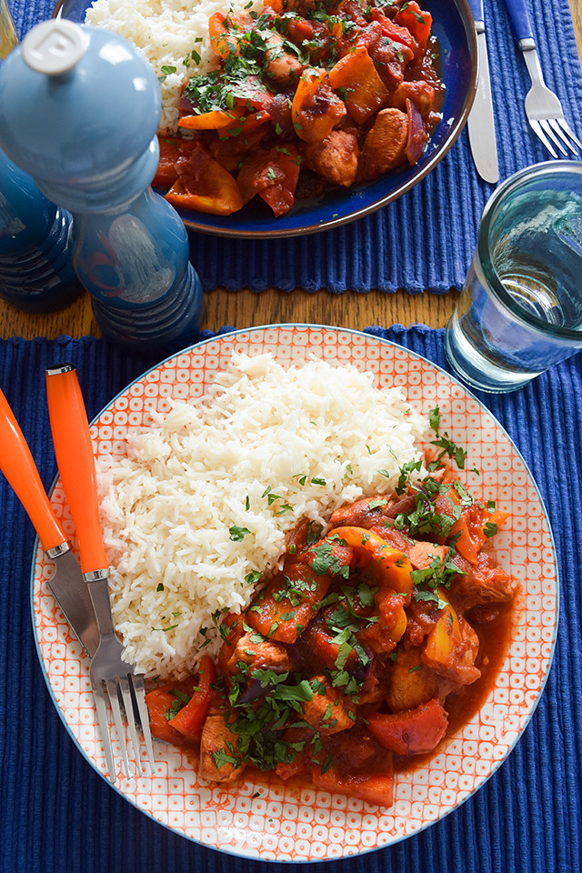 Easy Mexican-style Chicken & Pepper Stir Fry