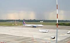 Onur Air Airbus A321 TC-OBZ Lodz Airport webcam capture
