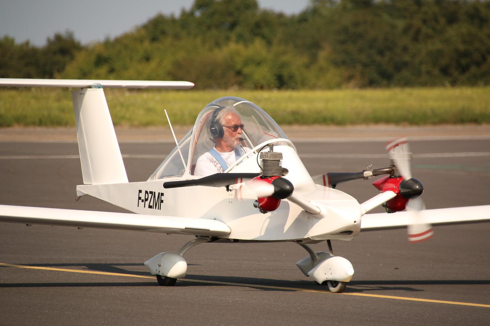 Aérodrome de La Baule Escoublac - Page 4 42353523560_a01659869f_h