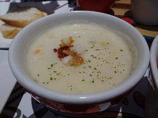 玉米湯、勾芡滿濃的