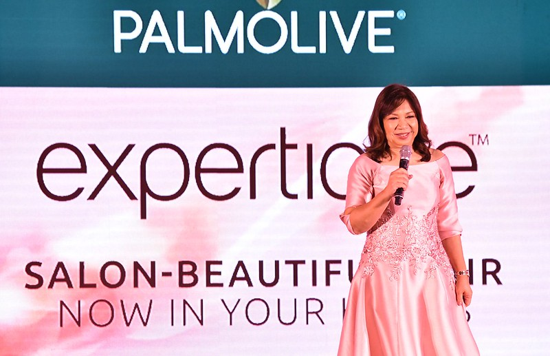 Palmolive EXPERTIQUE Hey its Chel