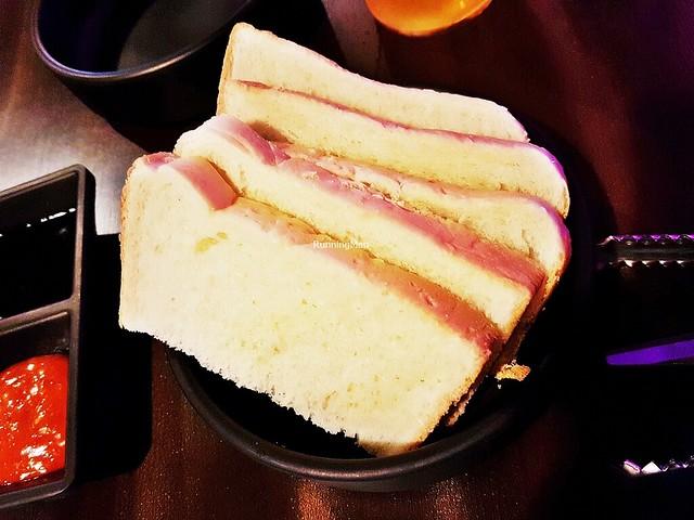 Bbang Huin / White Bread