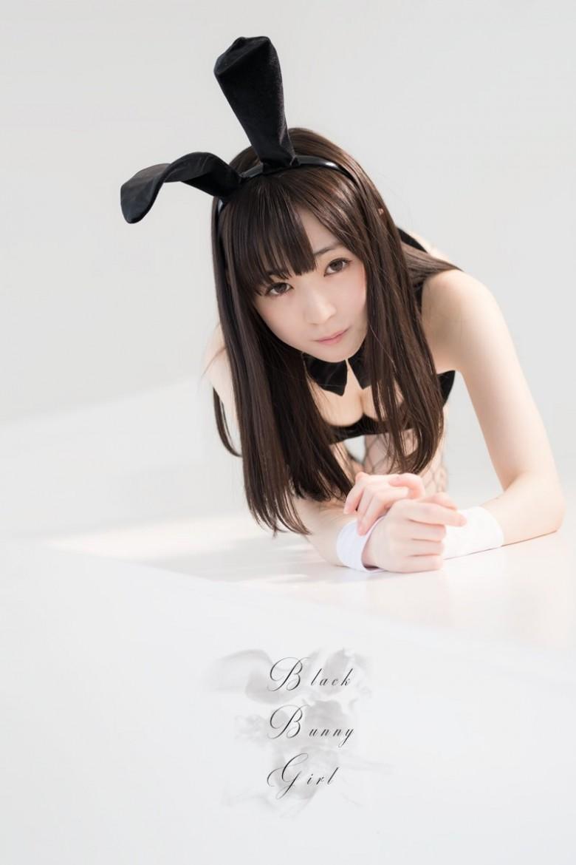 散发仙气的空灵少女《近卫りこ》,黑发小只马搭上兔耳简直可爱到炸裂!
