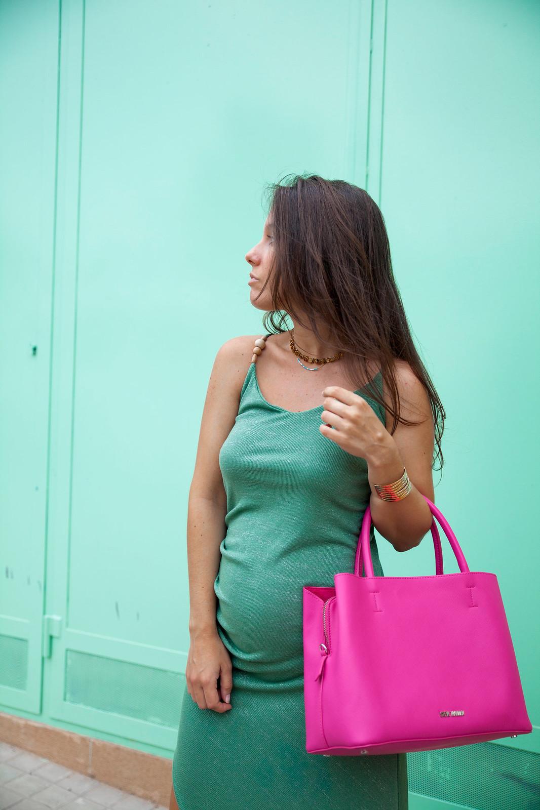 4_Vestido_turquesa_largo_outfit_embarazada_influencer_barcelona_theguestgirl