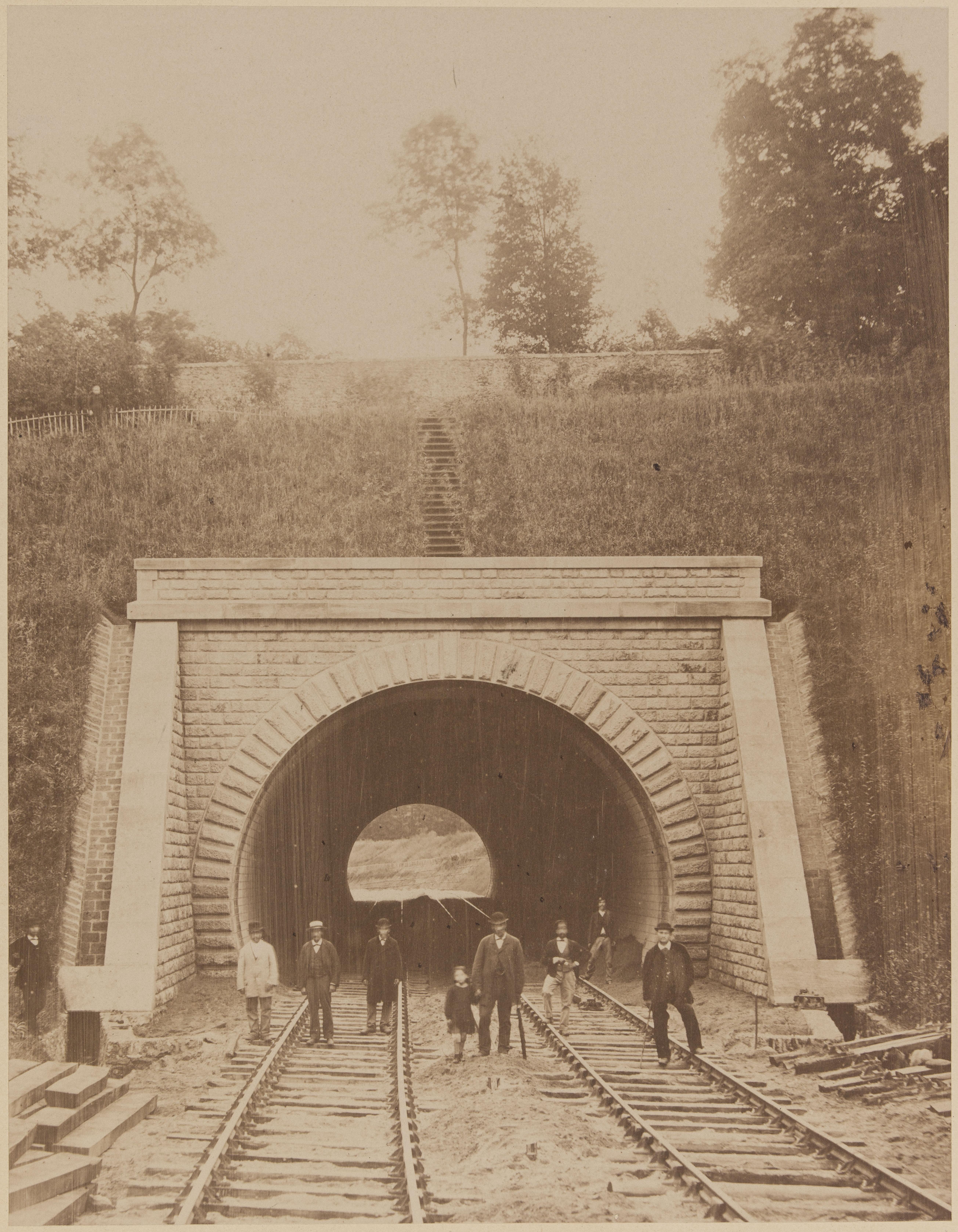19. Вход в тоннель возле Вокрессона