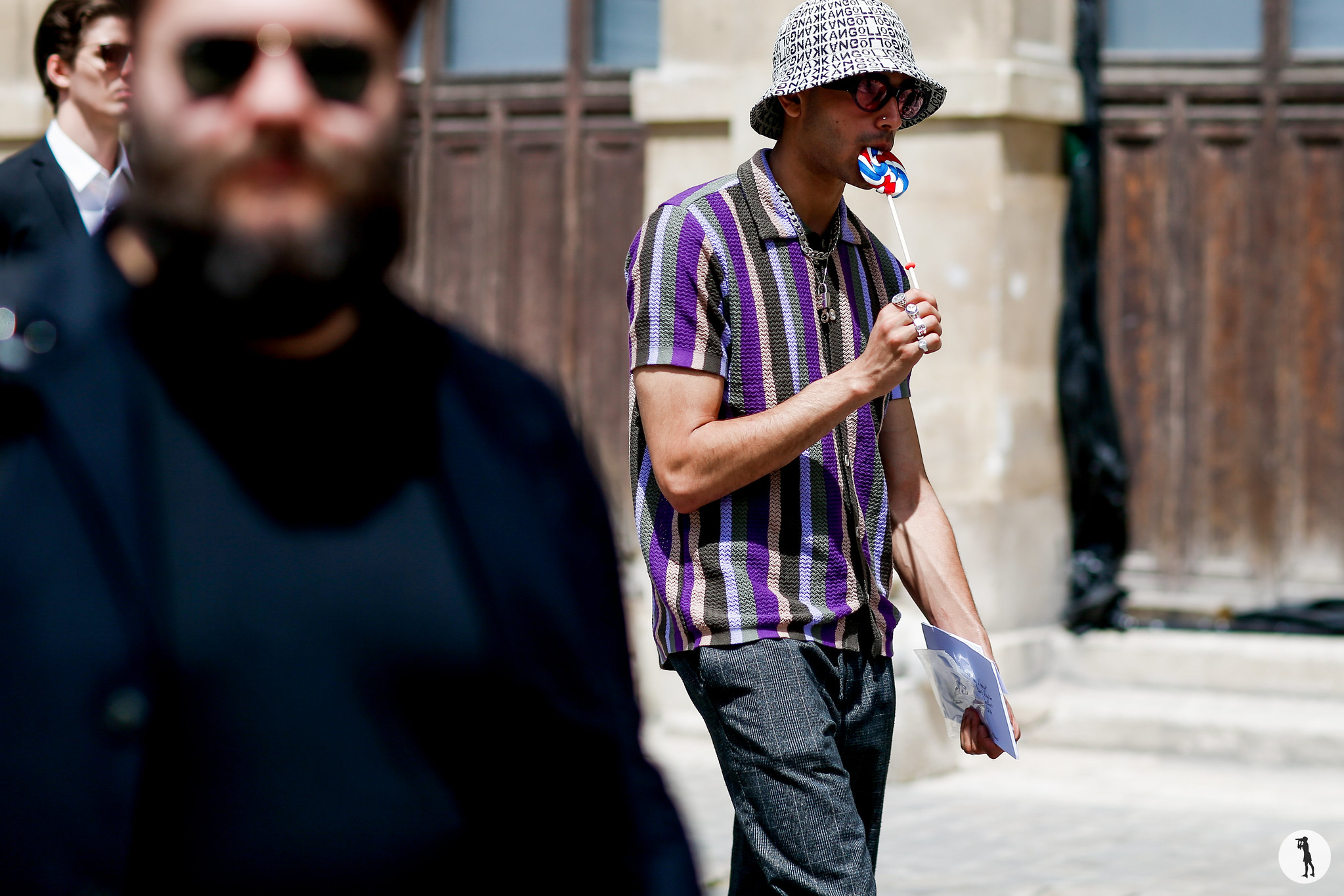Street style - Paris Fashion Week Menswear SS19 (67)