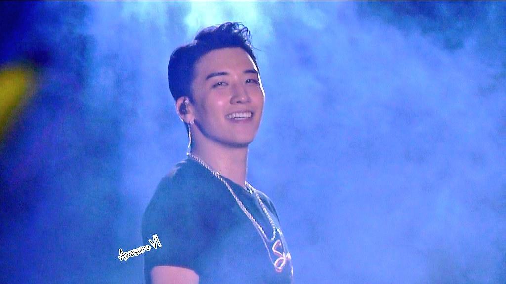 BIGBANG via awesomegd_bb - 2018-08-12  (details see below)