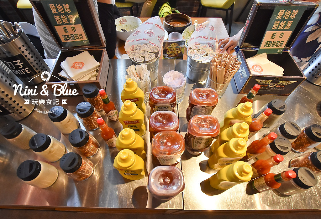 campus cafe 美式校園輕食 SOGO 18