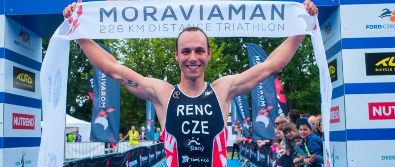 Tituly v dlouhém triatlonu na Moraviamanovi získali Řenč a Kotopulu