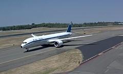El Al Boeing 787-9 Dreamliner 4X-EDF1960s Retro special livery first f