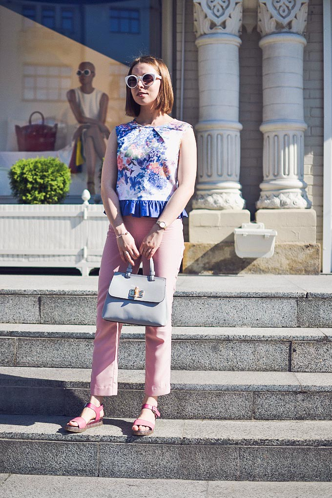 crop_top_with_ruffle-18