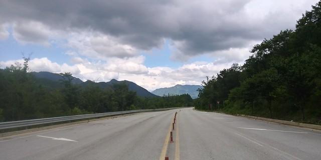 '길의 철학'이 사라지고 '도로의 논리'만이 남아 있는 시대?