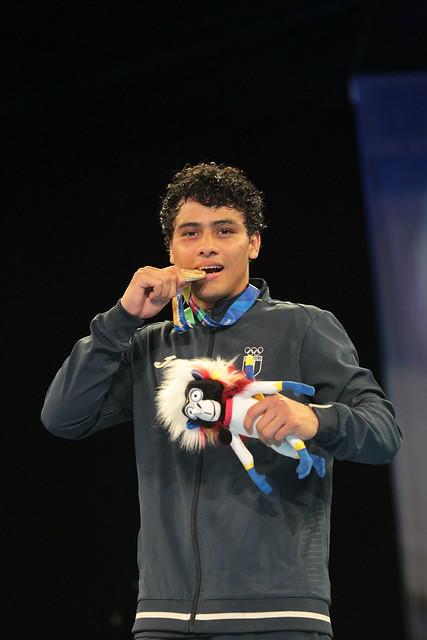 Premiación Lester Martínez, oro en boxeo