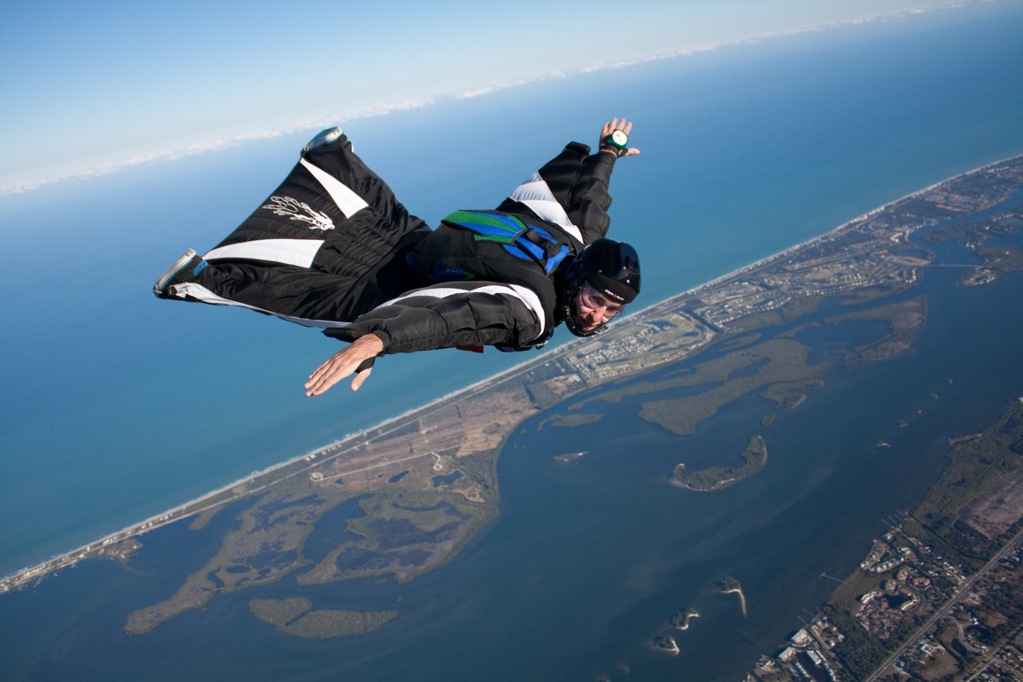 Flying in a wingsuit