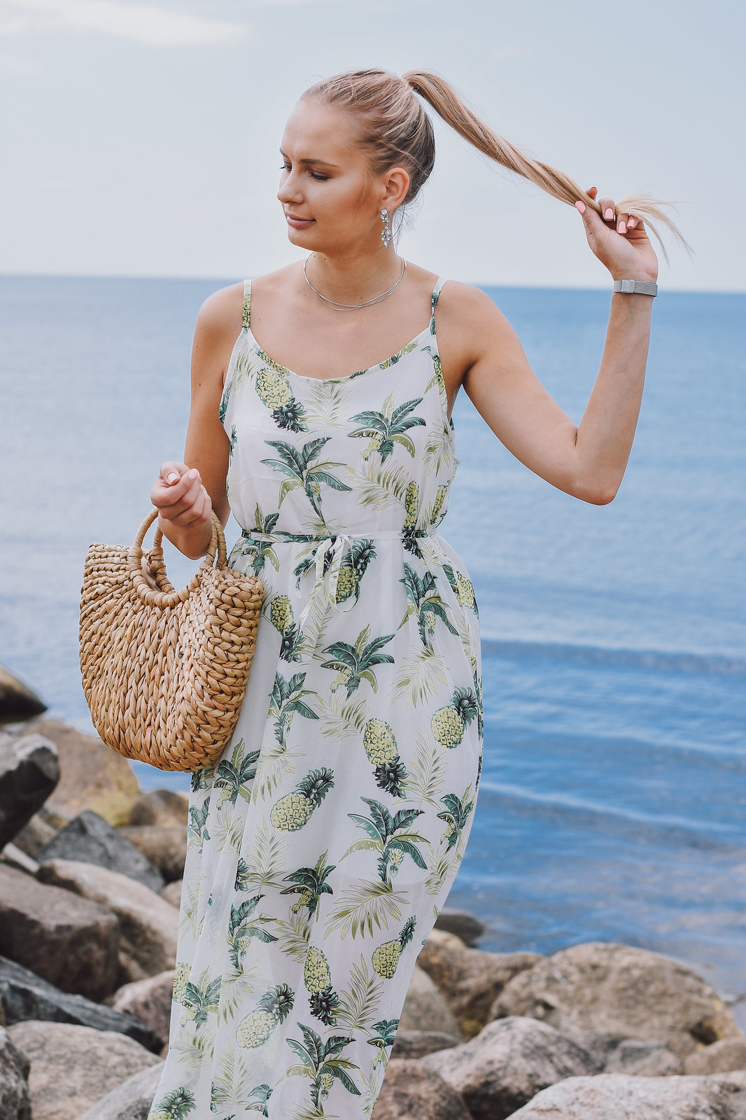 Pineapple print dress outfit
