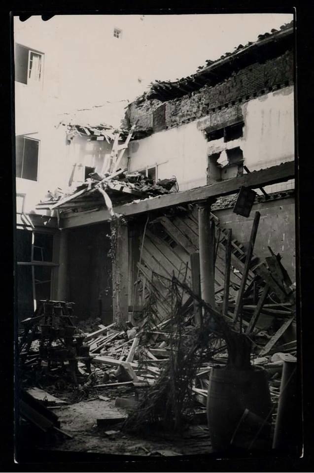 Palacio de Benacazón destruido en la Guerra Civil. Biblioteca Nacional de España