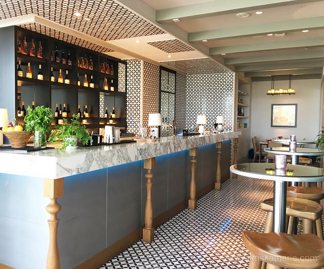 Al Maeda Restaurant - Interiors 4