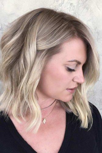 TOP MEDIUM LENGTH LAYERED HAIR IDEAS FOR WOMEN 15