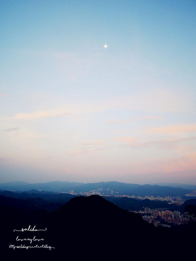 台北內湖一日遊夜景推薦碧山巖開漳聖王廟 (4)