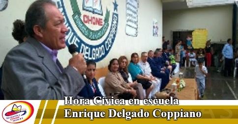 Hora Cívica en escuela Enrique Delgado Coppiano