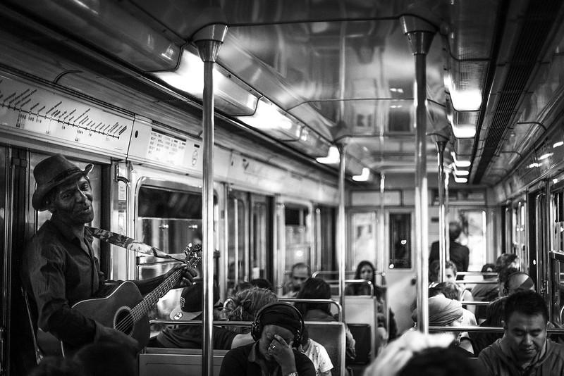 Stromausfälle in der U-Bahn gab es auch regelmässig. Aber zum Glück auch gute Unterhaltung.