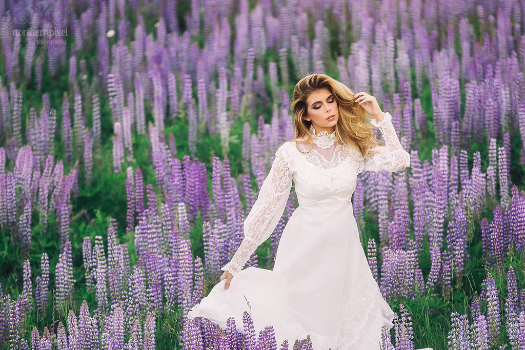 Wildflower Photo Session, Prince George Vintage Wedding Dress Northern Pixel