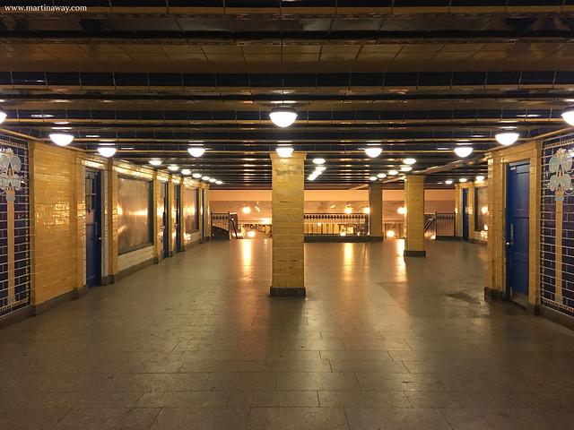 Fermata della metropolitana di Klosterstrasse