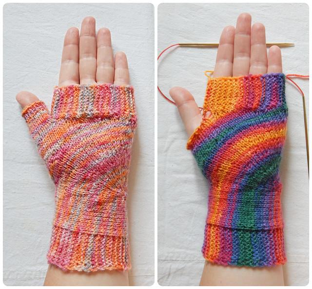 Митенки U-turn mitts из двух видов пряжи | HoroshoGromko.ru