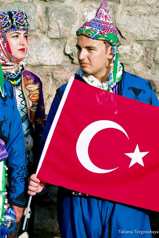 Члены фольклорного ансамбля из Бурсы