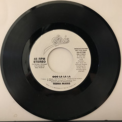 TEENA MARIE:OOO LA LA LA(RECORD SIDE-A)