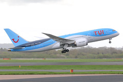 TUI Airways Boeing 787-8 G-TUIH