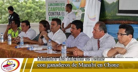 Ministro del Interior se reúne con ganaderos de Manabí en Chone