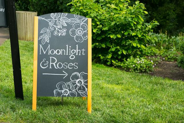 2018 Moonlight & Roses