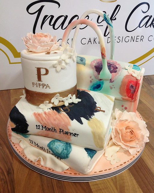 Cake by Trace of Cakes