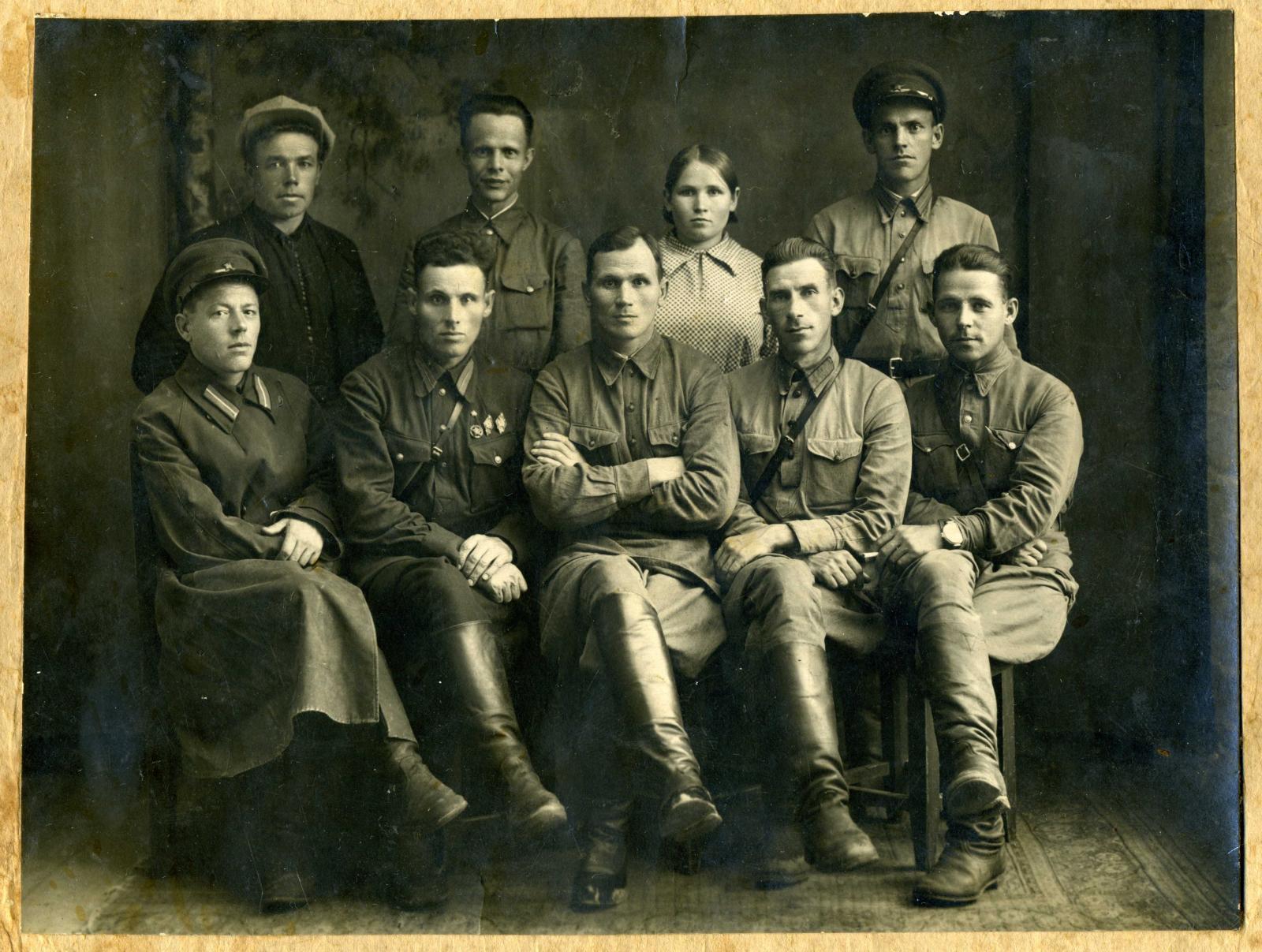 1937.  Группа работников комендатуры поселков Архангельской области