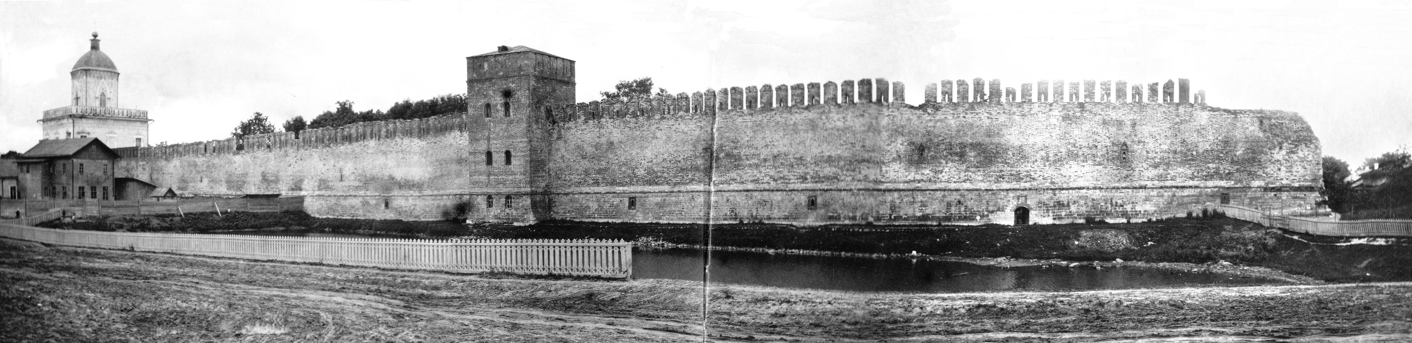 Молоховские ворота и Моховая башня. 1908
