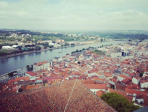 Tejados de #Coimbra. #riomondego #portugal #torreuniversidade #universidadecoimbra #phonephoto #photography