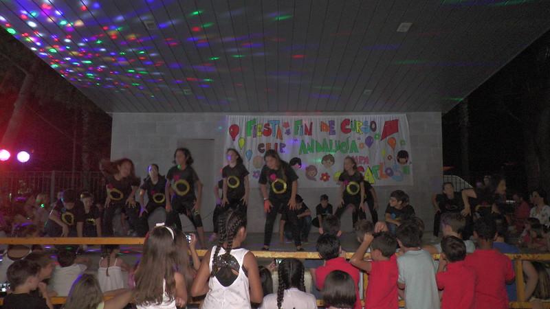 Diversión y bailes en la Fiesta de Fin de Curso del CEIP Andalucía