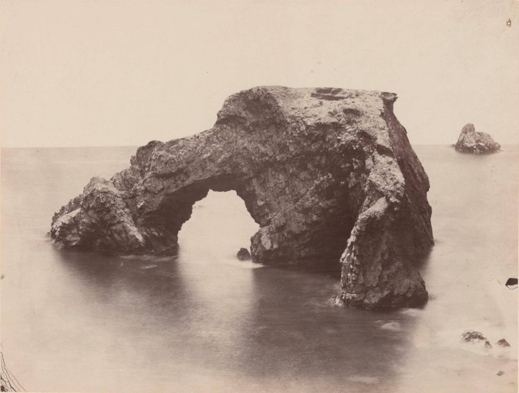 Острова Чинча. Адская скала западнее Северного Чинча