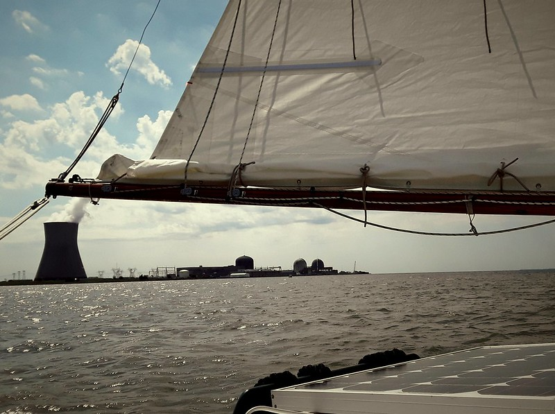Sailing down the Delaware Bay