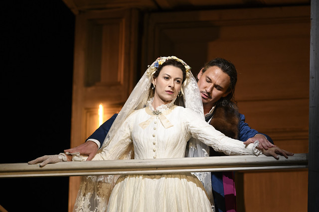 Chen Reiss as Zerlina and Mariusz Kwiecień as Don Giovanni in Don Giovanni, The Royal Opera © 2018 ROH. Photograph by Bill Cooper