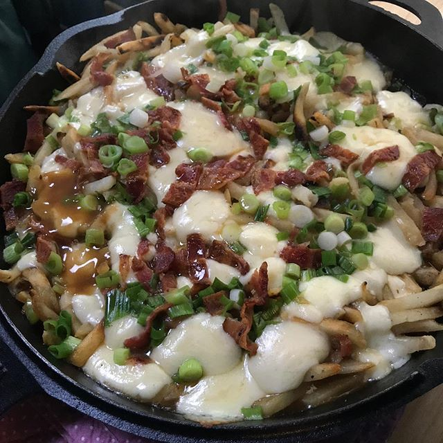 Bacon green onion poutine. #campervan #vanlife #foodporn