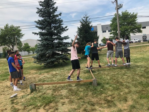 ARCH_BUSI_ENGN2018_NU_S2_ROPESCOURSE_217