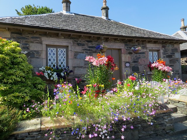 Cottage, Luss, Argyll and Bute, Ecosse, Royaume-Uni.