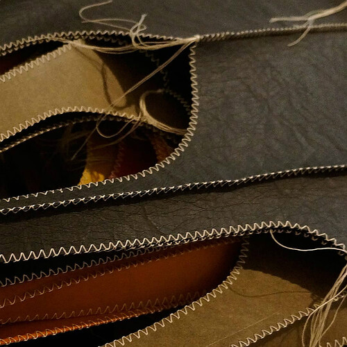 LIVALIKE bags - detail