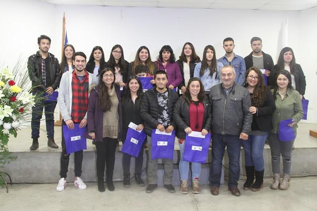 Alcalde de Coltauco entregó 212 becas de enseñanza superior a estudiantes de la comuna